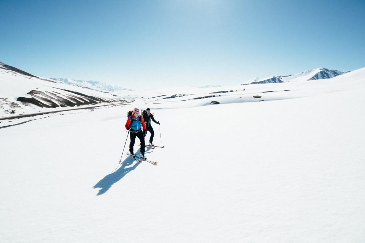 Skirgisistan – Skitouren & das Tal desHonigs